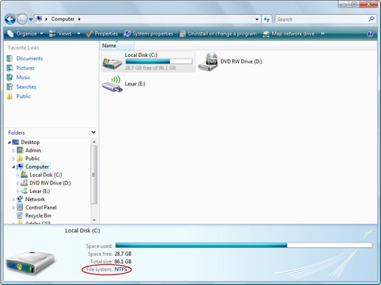 Options for reading a freshly inserted USB disk (Vista on the left, XP on the right).