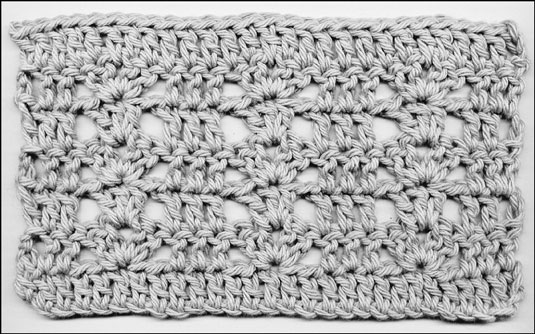 1 double crochet stitch in