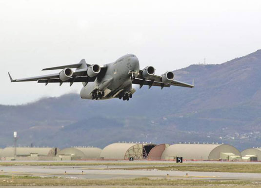 C-17 Globemaster III (U.S. Air Force). [Credit: Photograph courtesy of www.af.mil]