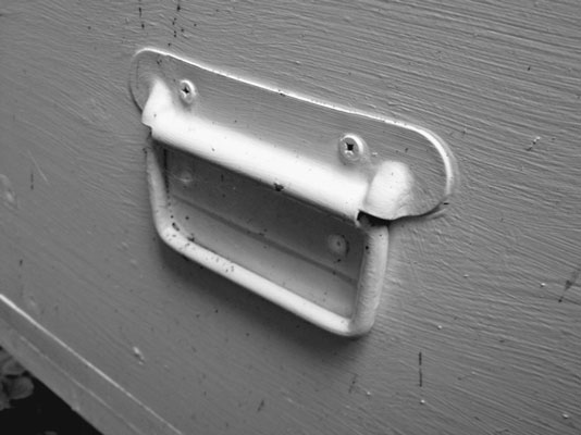 These heavy-duty flush-mount chest handles provide an excellent grip for lifting hives. [Credit: Ph