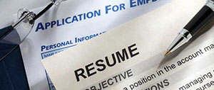How to Follow Up Your Resume: Phone or E-Mail?
