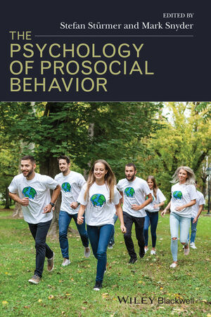 The Psychology of Prosocial Behavior: Group Processes, Intergroup Relations, and Helping (1405178809) cover image